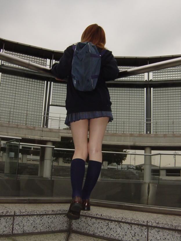 おいしそうな脚の女子高生150脚目YouTube動画>5本 ->画像>563枚