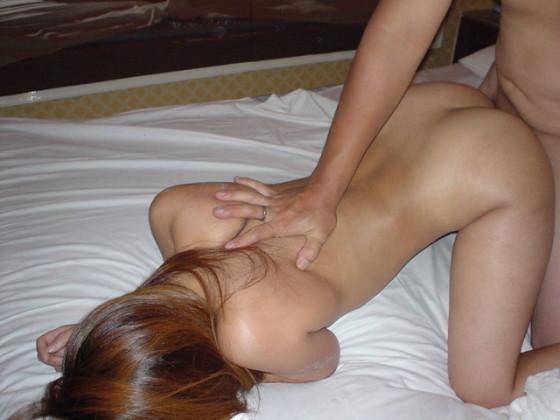 ホテルでセックスなうというつぶやきに貼られていそうなハメ撮り画像
