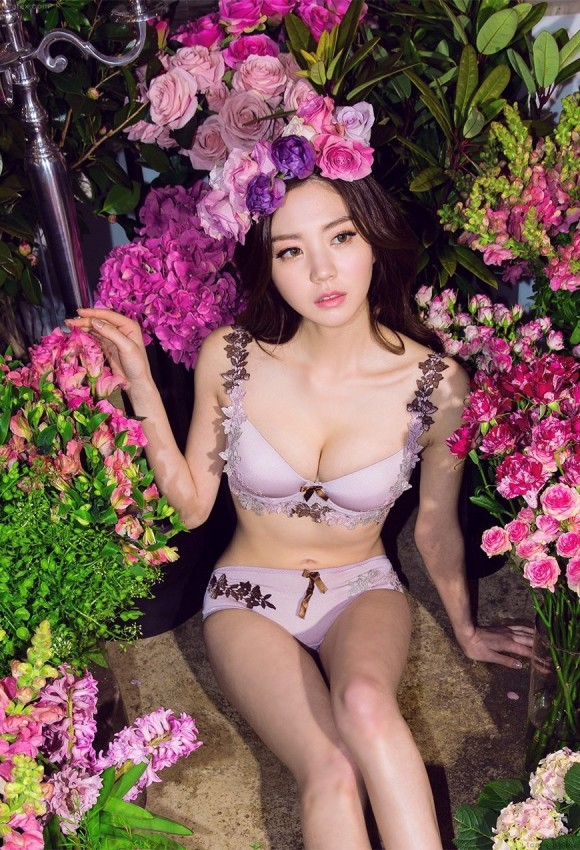 【※抜き過ぎ注意※】韓国の下着モデルのエロさが異常wwwwwwAV女優にしか見えねえぞwwwwwww