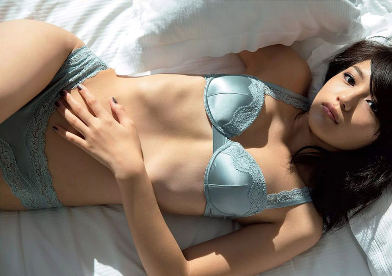 【女優グラビア】川口春奈ちゃんが育成成功wwwww水着グラビアがエロエロな件wwww