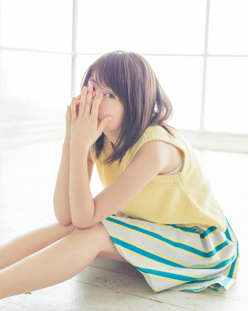 最近活躍がすばらしい有村架純(22)ちゃんのグラビアがエロかわいすぎる件