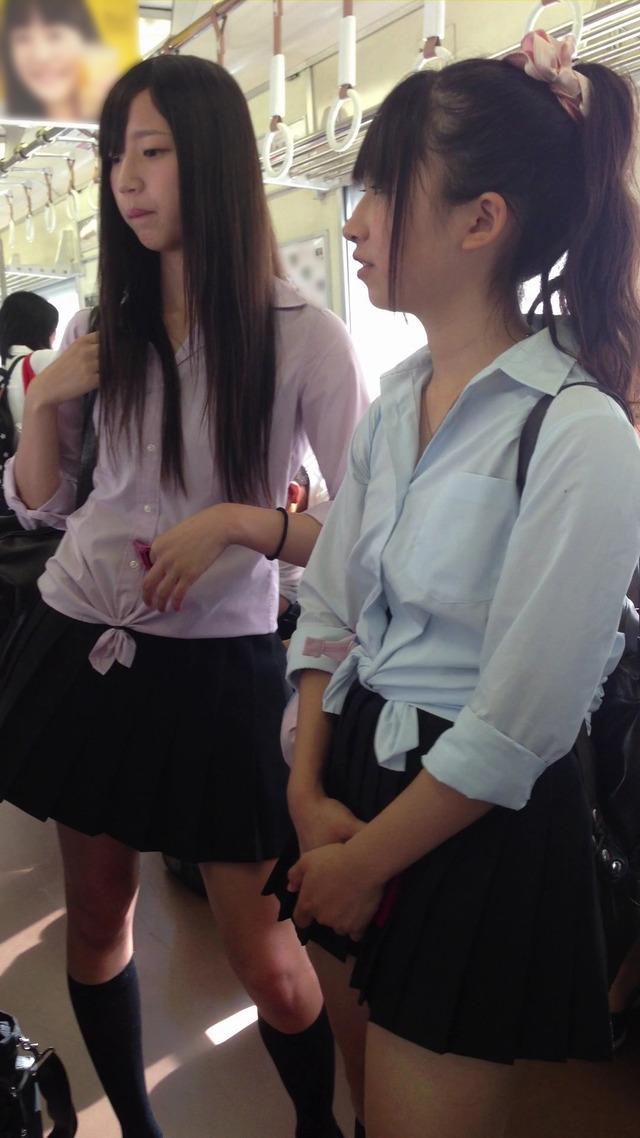 【ロリコン大国】通学中の現役10代小娘がオカズってリーマンが急増中wwwwwww(画像あり)
