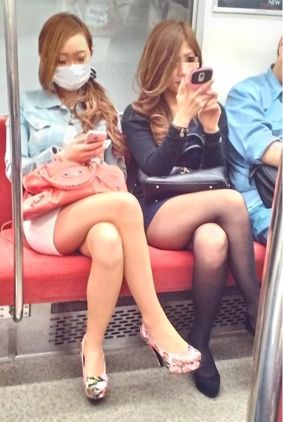 【H,エロ画像】今時のリア充や女子大生が全員ヤリマンにしか見えねえんだがwwwwwww(画像あり)
